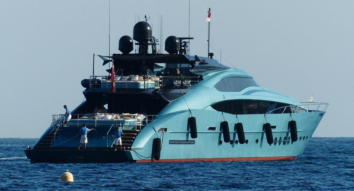 yacht-188936_1920