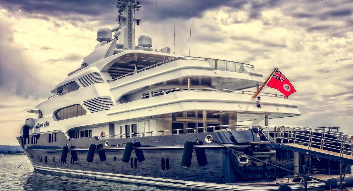 yacht-3480913_1920